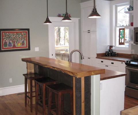 Kitchen bar - Allen residence