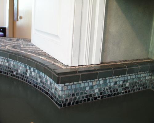 Mosaic backsplash corner